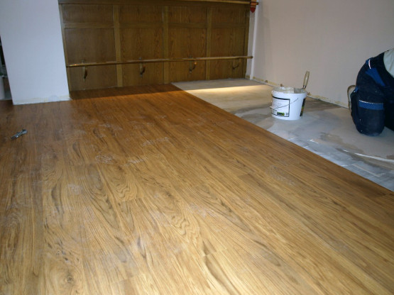 Ukázka z pokládky vinylové podlahy